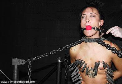devicebondage submissive